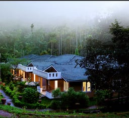 Hotel Lakkidi Village Resort